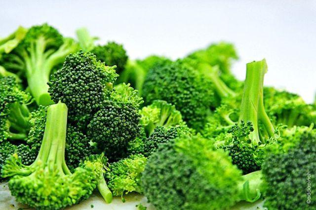Bông cải xanh hấp giúp giữ được đầy đủ các chất dinh dưỡng