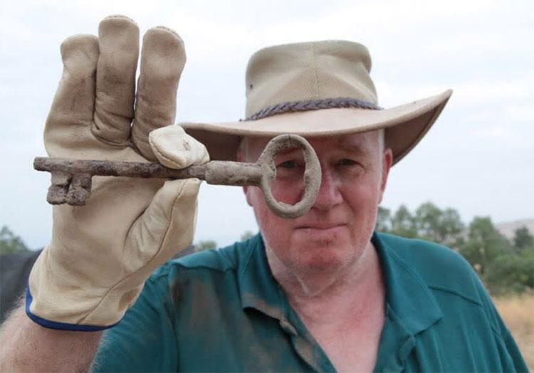 Nhà khảo cổ học phát hiện một chiếc chìa khóa tại thành phố kinh thánh Zer