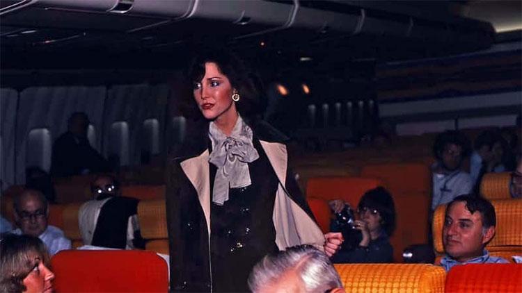 Tiếp viên Siri Giberson trên chuyến bay Pan Am 50. (Ảnh: CNN).