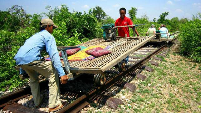 Tàu tre của Campuchia