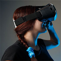 """Bạn mắc chứng sợ độ cao? VR sẽ là """"người hùng"""" giải cứu bạn"""