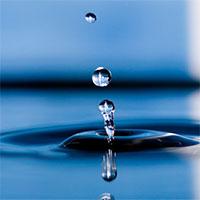 Vì sao giọt nước có hình cầu?