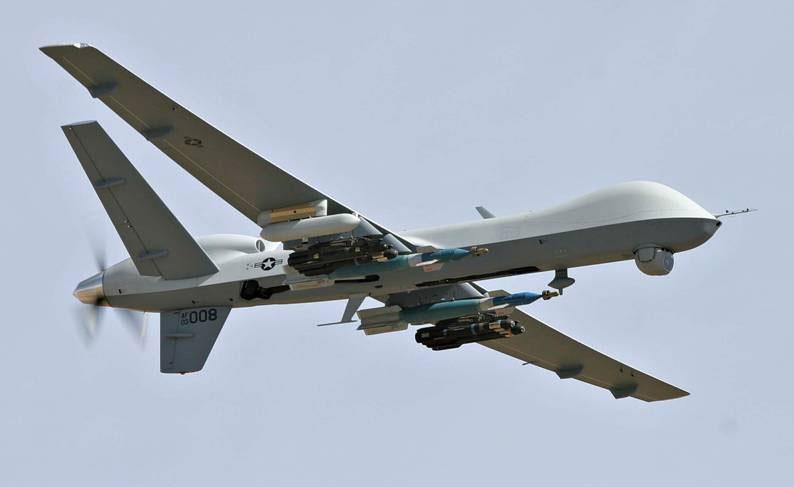UAV Predator nổi tiếng của Mỹ khi được trang bị vũ khí hạng nặng.