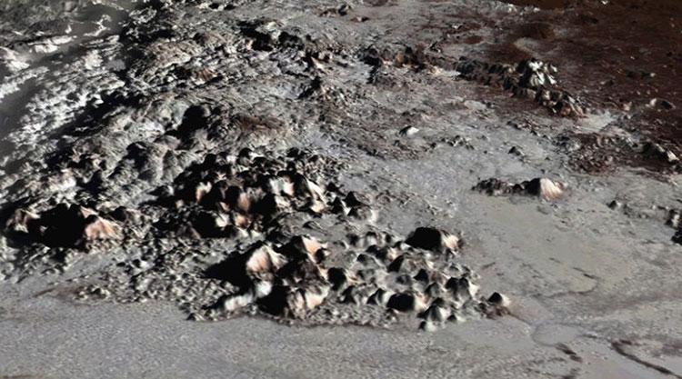Nhóm chuyên gia đã phát hiện thêm nhiều ngọn núi mới trên sao Diêm vương.