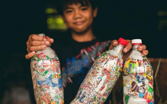 Tái chế thứ rác thải nhựa độc hại, khó phân hủy