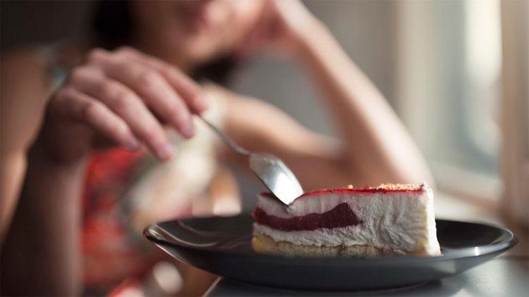 Con người rất dễ lên cân nếu dùng quá nhiều đường.