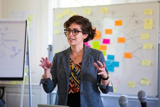 Christina Agapakis, giám đốc sáng tạo của Ginkgo Bioworks.