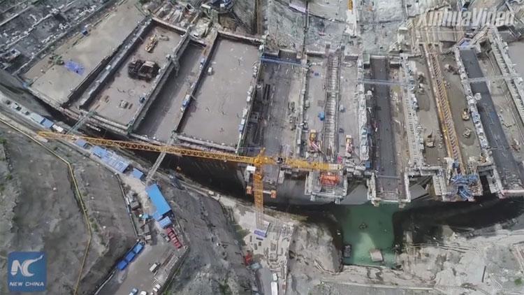 Công trình xây dựng đập thủy điện Bạch Hạc Than