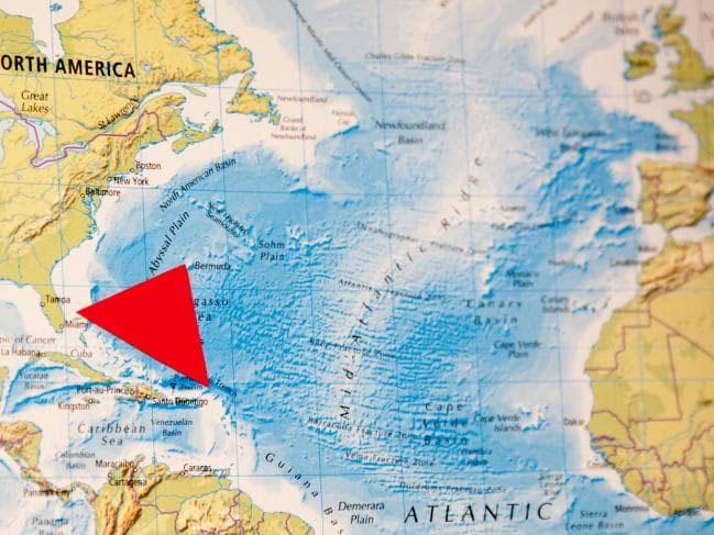 Tam giác Bermuda nằm giữa Florida, Bermuda và Puerto Rico.