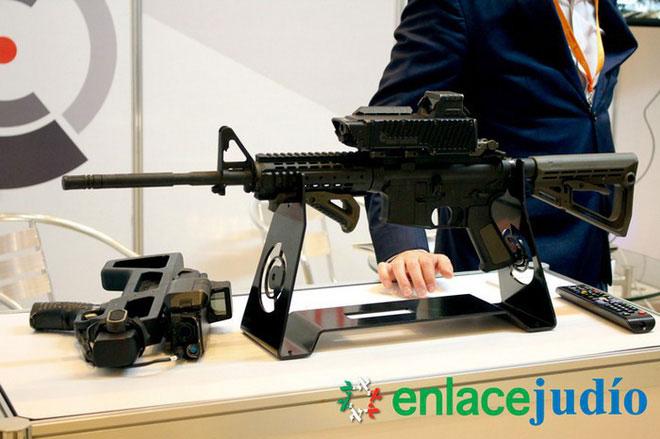 Smart Shooter SMASH tại triển lãm ở Mexico.