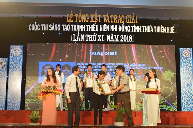 Đề tài đã đạt giải Nhì cuộc thi Sáng tạo Thanh thiếu niên, nhi đồng tỉnh Thừa Thiên Huế 2018