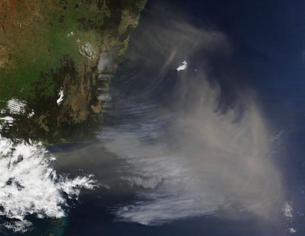 Một cơn bão bụi tại bờ biển Úc năm 2009.