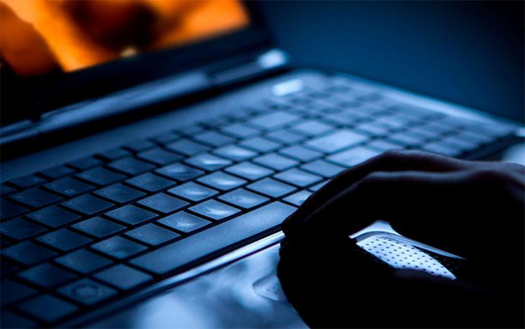 Hệ thống mới cho phép nhận diện và theo dõi các tội phạm ấu dâm qua hình ảnh bàn tay