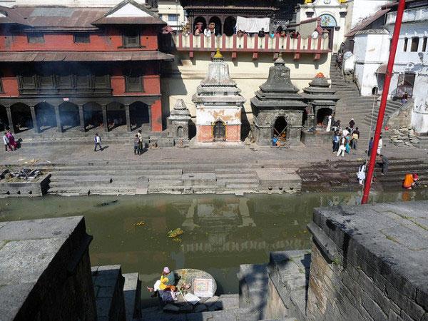 Sông Bagmati.