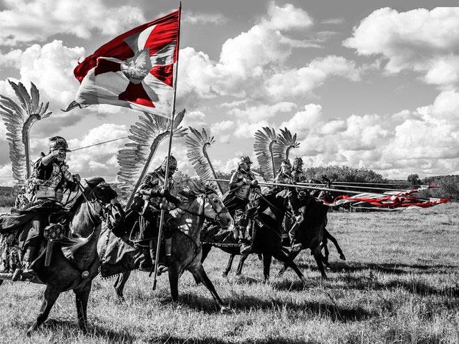 Kỵ binh Husaria được coi là đội kỵ binh mạnh nhất trong lịch sử châu Âu.