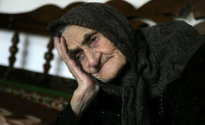Bà Kesi Karueva, sinh năm 1884, ở làng Goity ở quận Urus-Marta, Nga