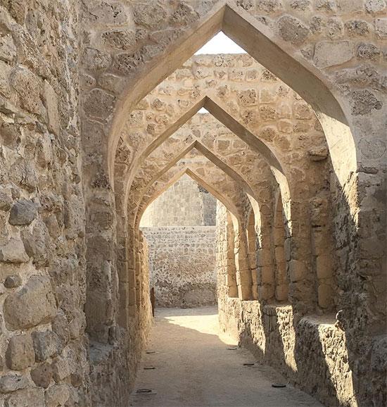 Một góc pháo đài Qal'at al-Bahrain.