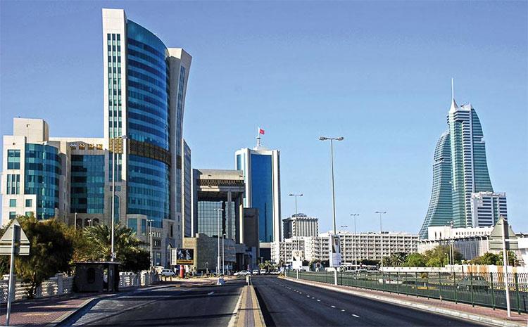 Đường phố thủ đô Manama khang trang hiện đại.