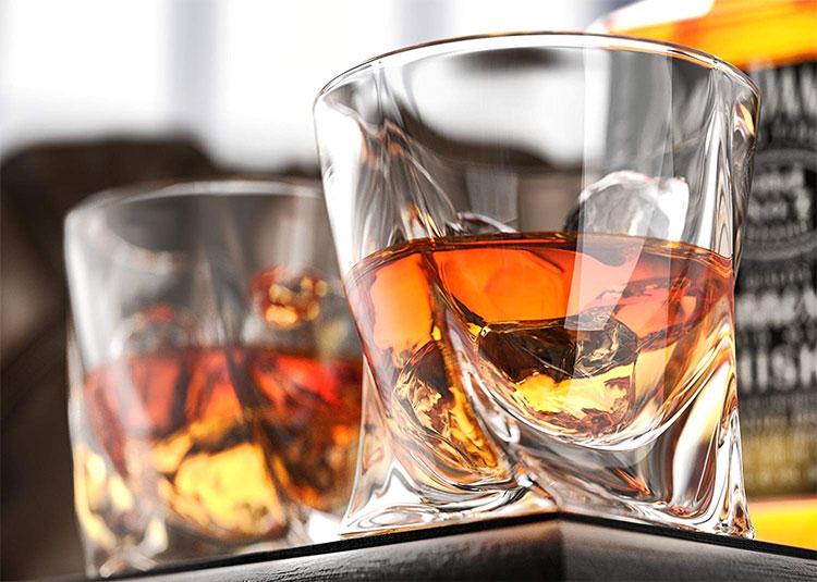 Nguy cơ đối với sức khỏe con người có liên quan tới đồ uống có cồn là quá lớn so với lợi ích mang lại.