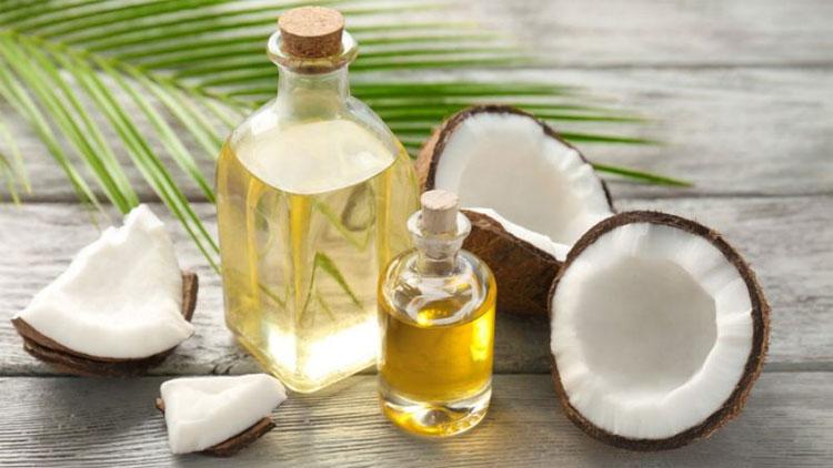 Dầu dừa làm tăng cao lượng cholesterol xấu, từ đó tăng mạnh nguy cơ mắc các bệnh tim mạch.