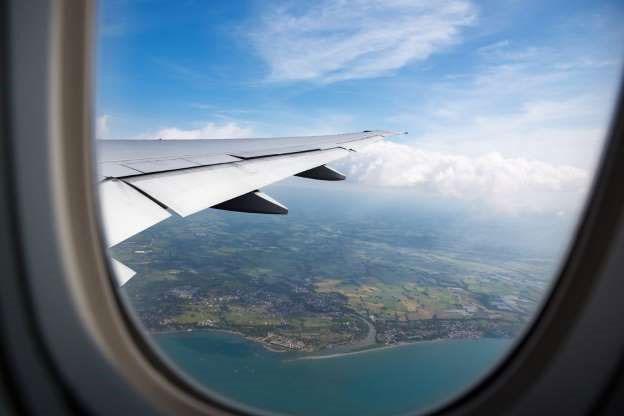 Có rất nhiều âm thanh khác nhau trong một chuyến bay.