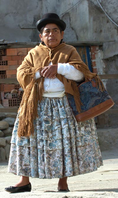 Chiều cao trung bình của phụ nữ Indonesia, Bolivia, Guatemala khá thấp (khoảng 1,47m).