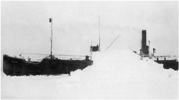 Con tàu nặng 1.322 tấn bị mắc kẹt trong băng vào năm tháng 10/1931