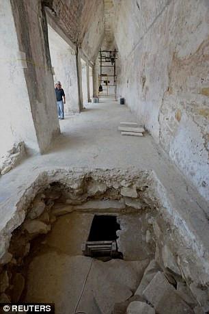 Nó cung cấp những thông tin quan trọng cho nghiên cứu khảo cổ học, nhân chủng học và lịch sử