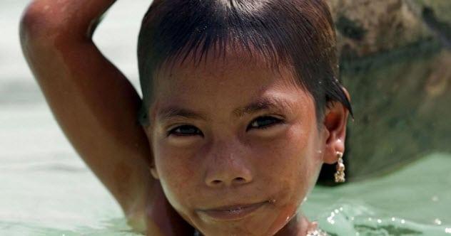 Moken- Bộ lạc mắt tinh dưới nước