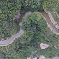 Kênh nước 1.500km đào thủ công bên vách núi dựng đứng