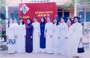 Lễ khai giảng năm học 2000-2001 của trường THPT Hùng Vương, Quảng Trị