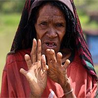 Tục lệ tự chặt ngón tay để thờ chồng của phụ nữ bộ tộc Danai