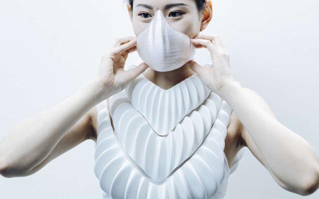 Amphibio - bộ đồ mang cá nhân tạo