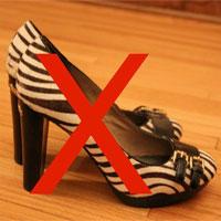 Thị trấn kỳ lạ ở Mỹ: Cấm mọi đôi giày cao gót vì một lý do cực kỳ bất ngờ