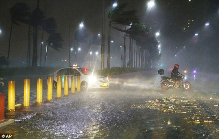 Các phương tiện tránh đoạn đường ngập nước do mưa lớn