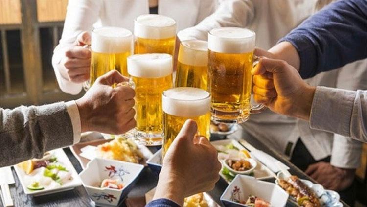 Lạm dụng rượu bia có khả năng cao mắc viêm tụy cấp.