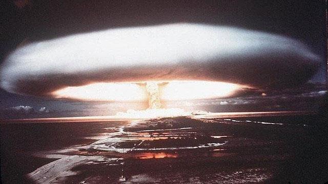Một vụ nổ bom hạt nhân năm 1971.