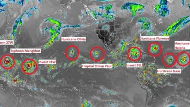 Ảnh vệ tinh ngày 11/9 cho thấy một chuỗi các xoáy thuận nhiệt đới hoạt động trên toàn cầu trên khu vực nhiệt đới