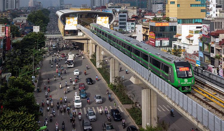 Đại diện BQL dự án đường sắt cho biết các đoàn tàu tuyến Cát Linh - Hà Đông sẽ được chạy thử nghiệm từ 3 - 6 tháng