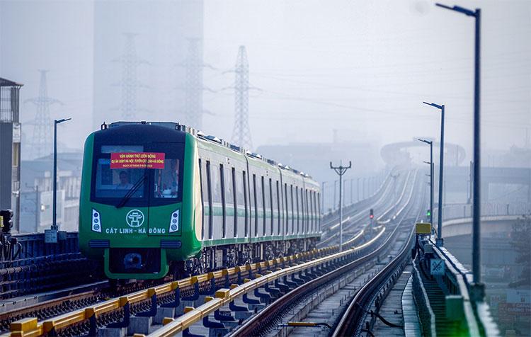 Các đoàn tàu sẽ có lịch trình chạy cách nhau 10 phút trong vòng hai tiếng.