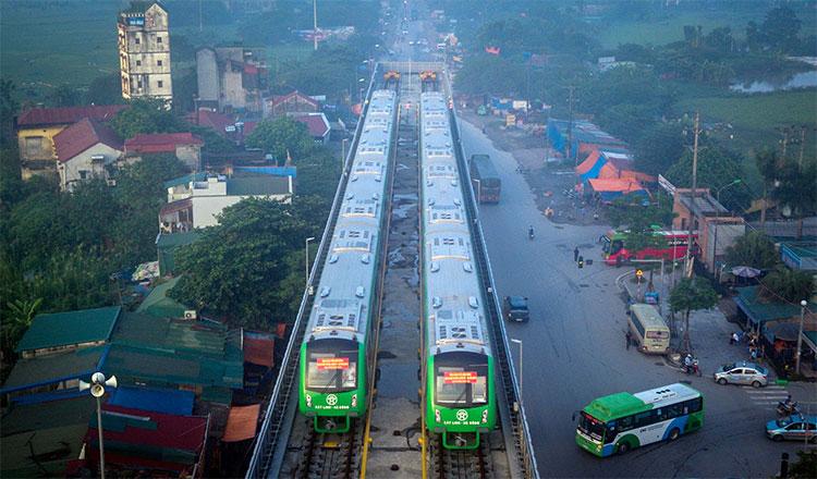 Sáng 20/9, các đoàn tàu của dự án đường sắt trên cao Cát Linh - Hà Đông (Hà Nội) được vận hành chạy thử.