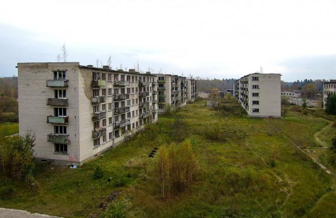 Những tòa nhà bỏ hoang tại Skrunda-1