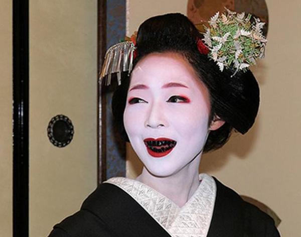 Người Nhật Bản thời xưa còn quan niệm việc nhuộm răng có lợi cho sức khỏe răng miệng