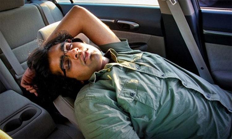 Ngủ trong không gian kín làm cơ thể giảm mức độ oxy, nguy cơ cao dẫn đến ngạt thở.