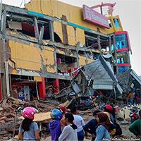 Số người chết vì động đất, sóng thần Indonesia tăng lên hơn 1.200