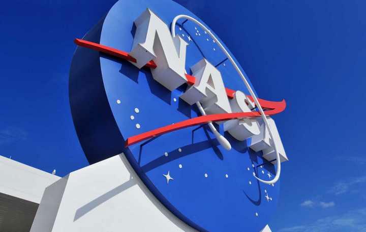 Ngày 1/10/1958, NASA chính thức được thành lập với sứ mệnh khám phá vũ trụ.
