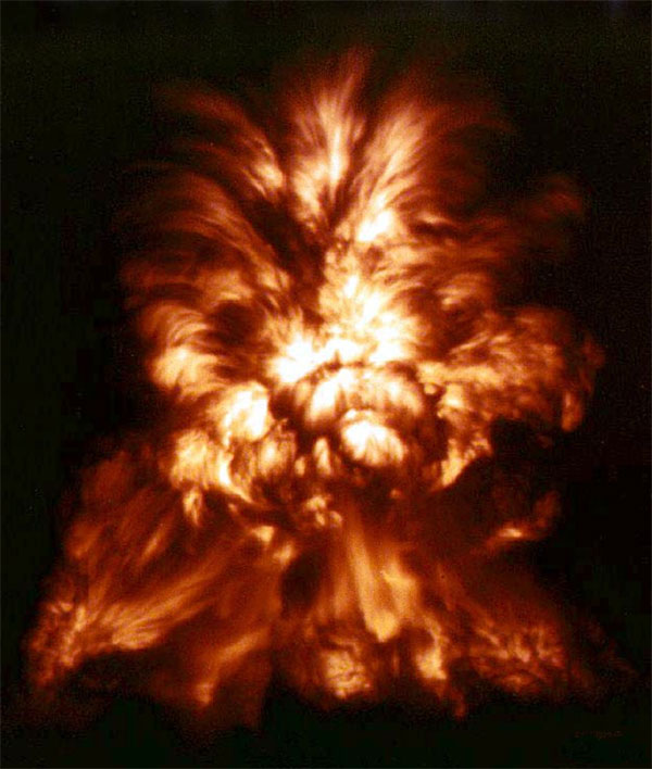 Ảnh minh họa một vụ nổ hạt nhân.