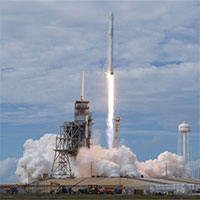 SpaceX hạ cánh thành công tên lửa ở California