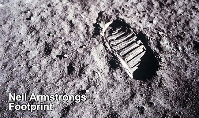Dấu chân của Armstrongs trên Mặt Trăng hoàn toàn không khớp với đế giày được trưng bày trong viện bảo tàng.