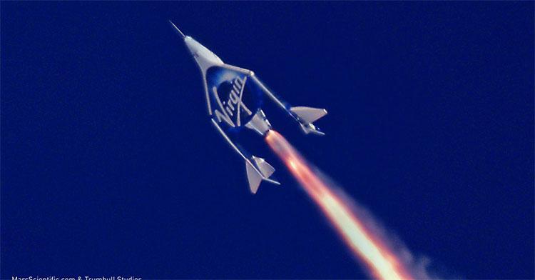 Với giá vé lên tới 250.000 USD đặt cọc nhưng đã có tới hơn 700 người đăng ký với công ty Virgin Galactic